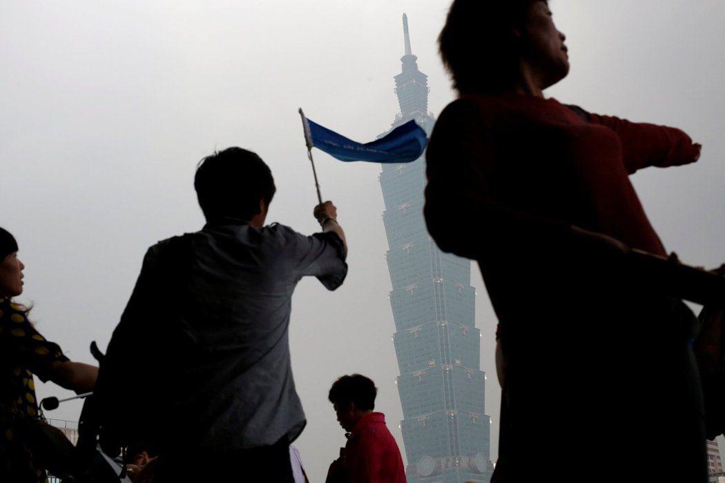 根據調查,台灣人認同感來到史上最高。 圖/路透社