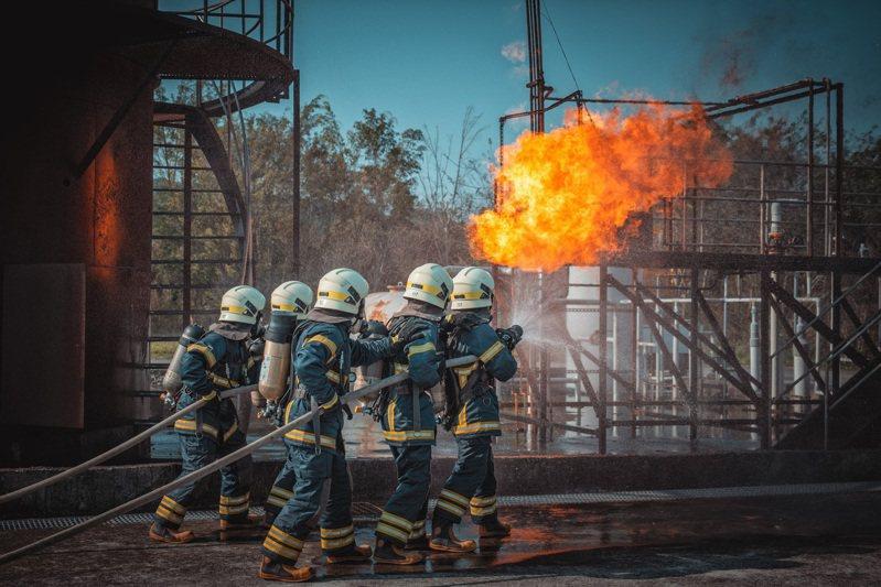 圖為消防特考班學員訓練情形。圖/內政部消防署提供