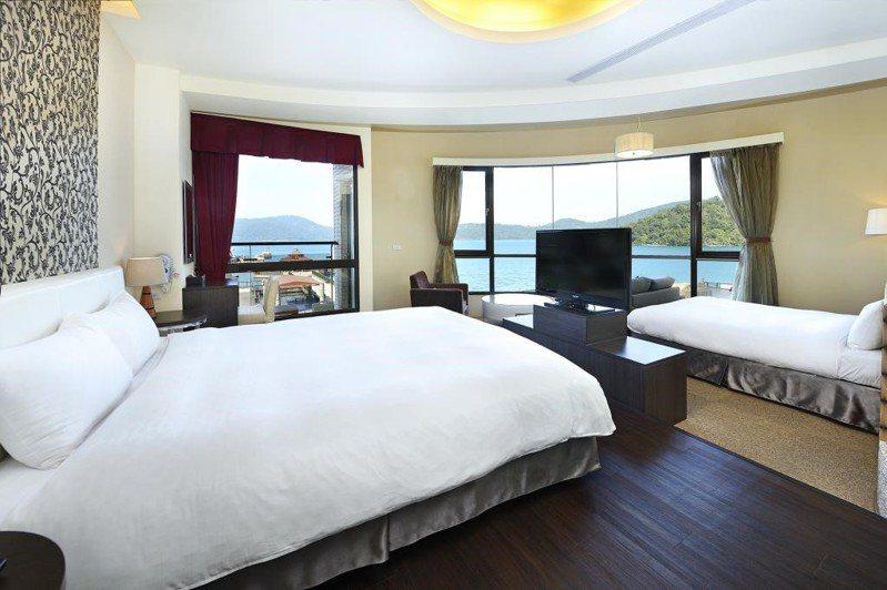 對台灣旅客而言,住宿首選四到五星級的高級飯店,其次是度假村,最受旅客歡迎的飯店設施則為室內娛樂設施、私人廚房和泳池。圖/Agoda 提供