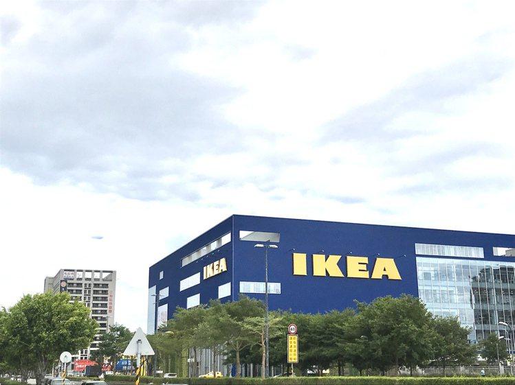 IKEA新桃園店,樓地板面積佔地2.2萬坪,為全台最大店。記者江佩君/攝影