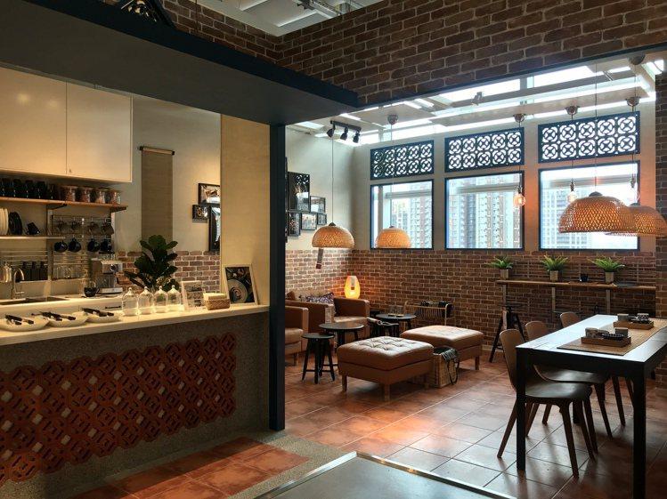 全台首間客家咖啡廳展示間。記者江佩君/攝影