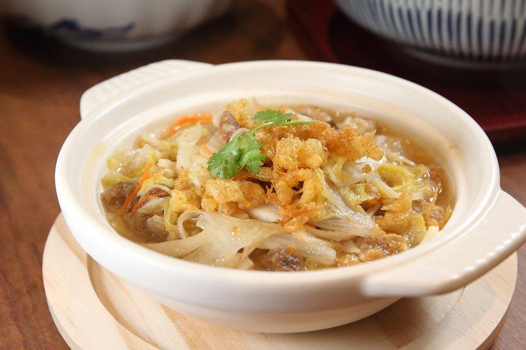 蛋酥白菜魯,每份180元。記者陳睿中/攝影