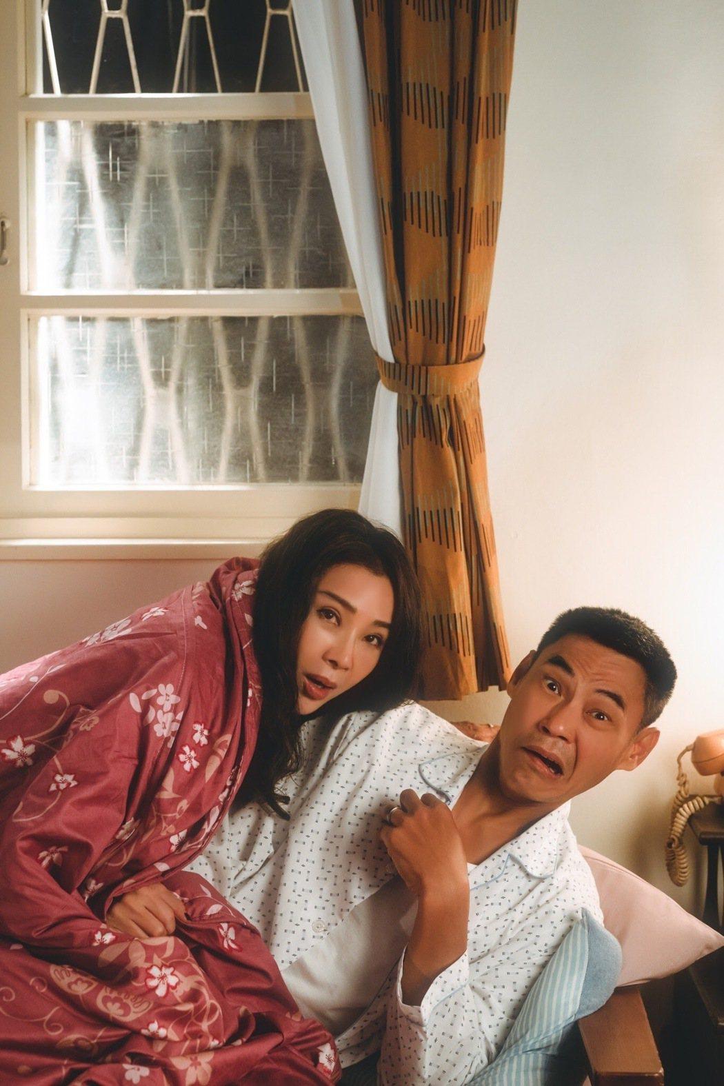 陳美鳳(左)、夏靖庭在「三春記」中有不少親密床戲。圖/民視提供
