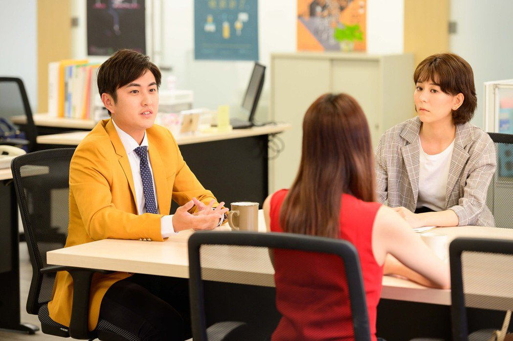 黃靖倫(左)在劇中跟王沛語(右)的發展令觀眾期待。圖/TVBS提供