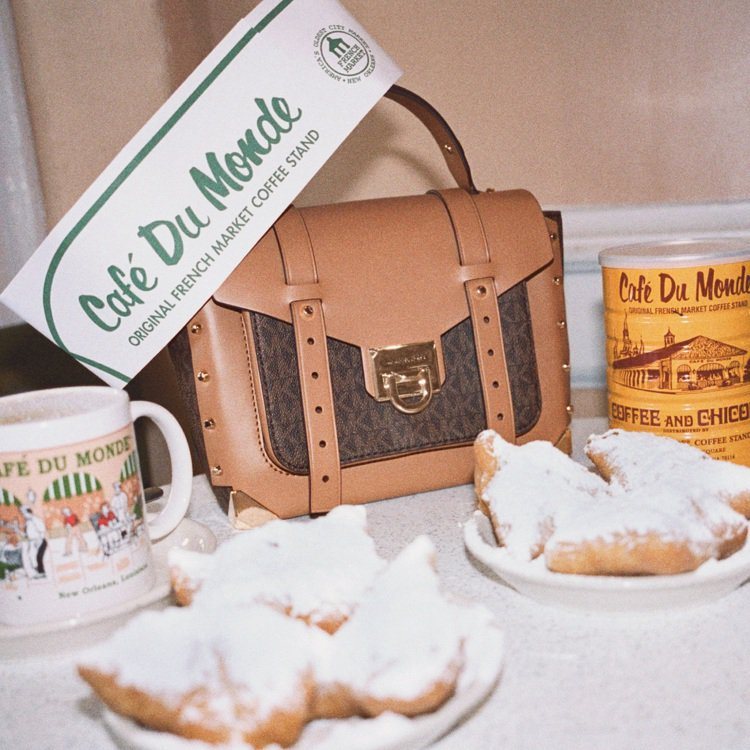 影片包括「世界咖啡館」Café Du Monde以及灑滿白糖粉的法式點心。圖/M...