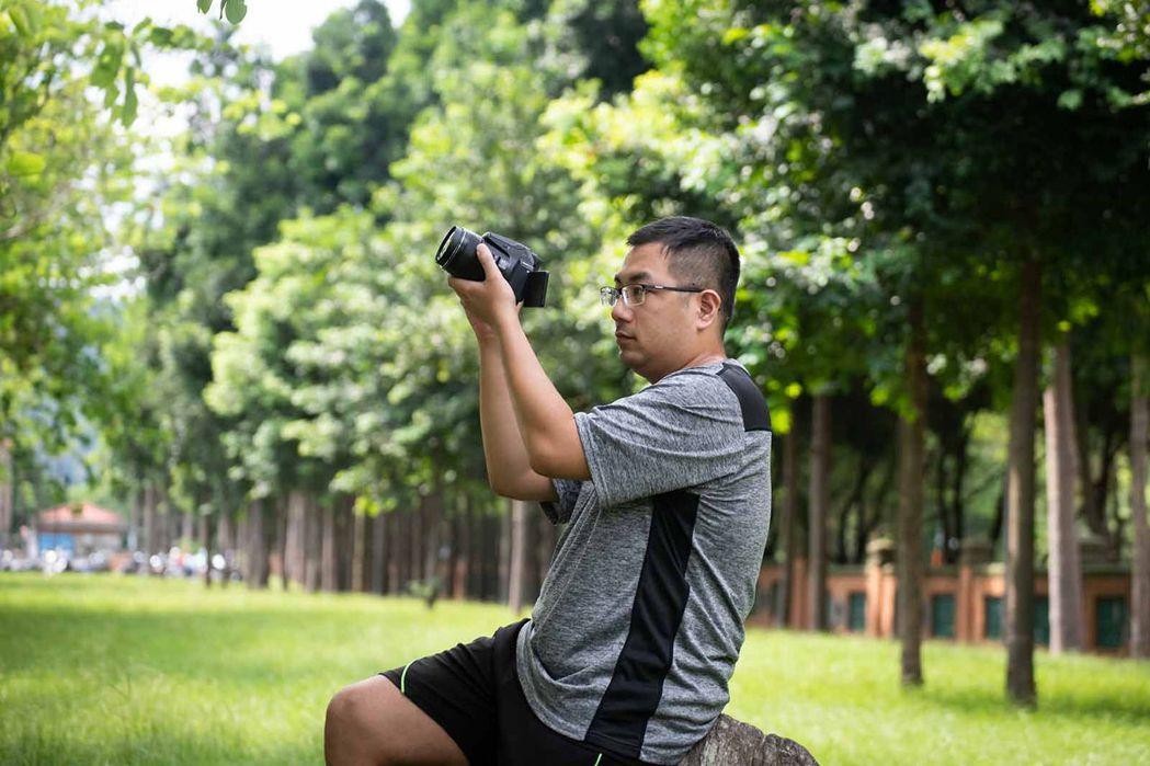 陳韋廷退休後,打算發展攝影、露營等嗜好。(黃明堂攝)
