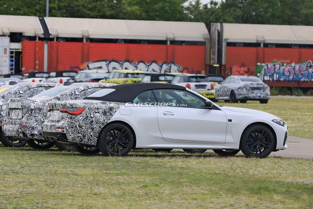 這輛僅車尾偽裝的大改款BMW 4 Series Convertible偽裝車,從...