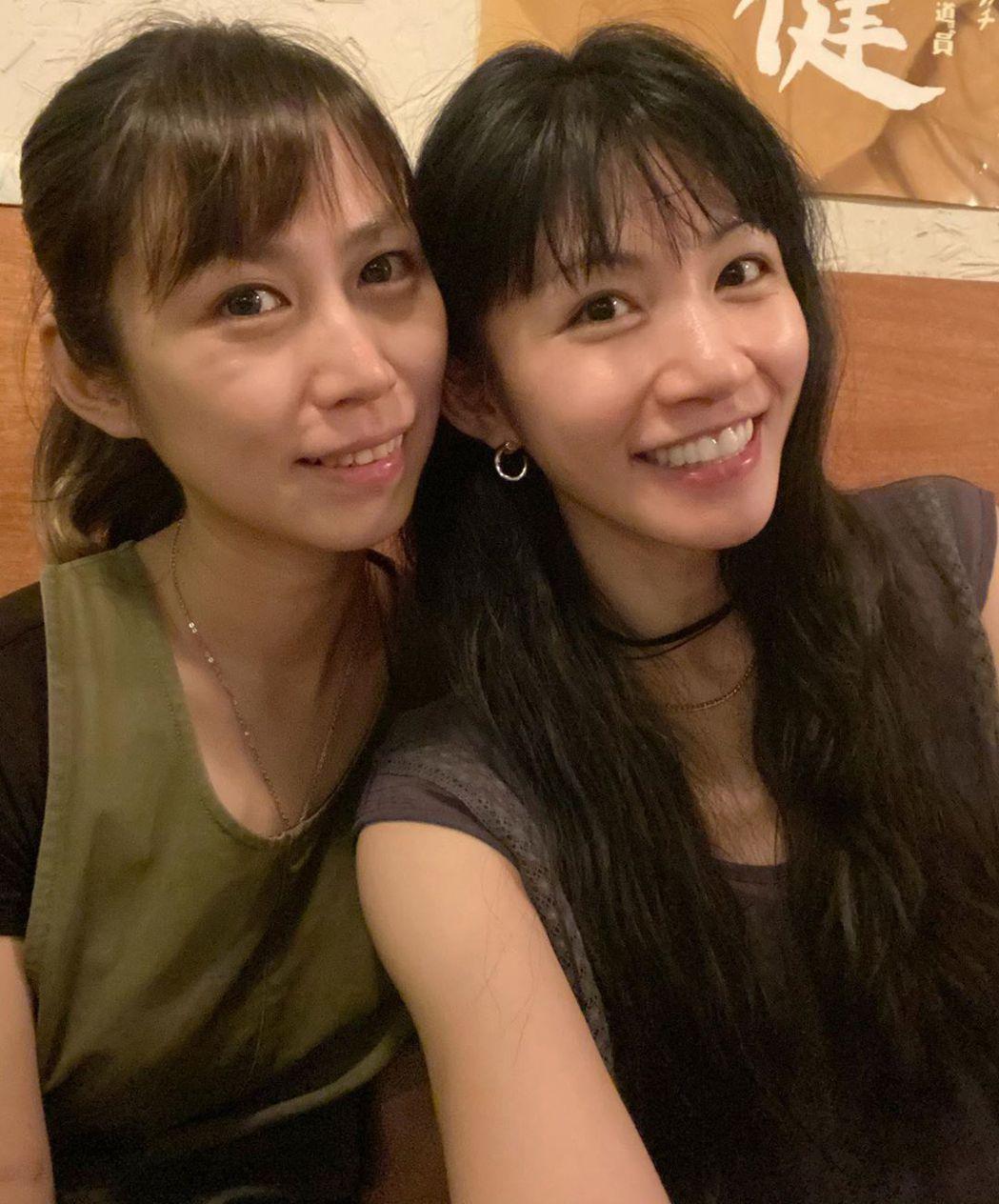 李千那慶祝姊姊生日。圖/擷自IG