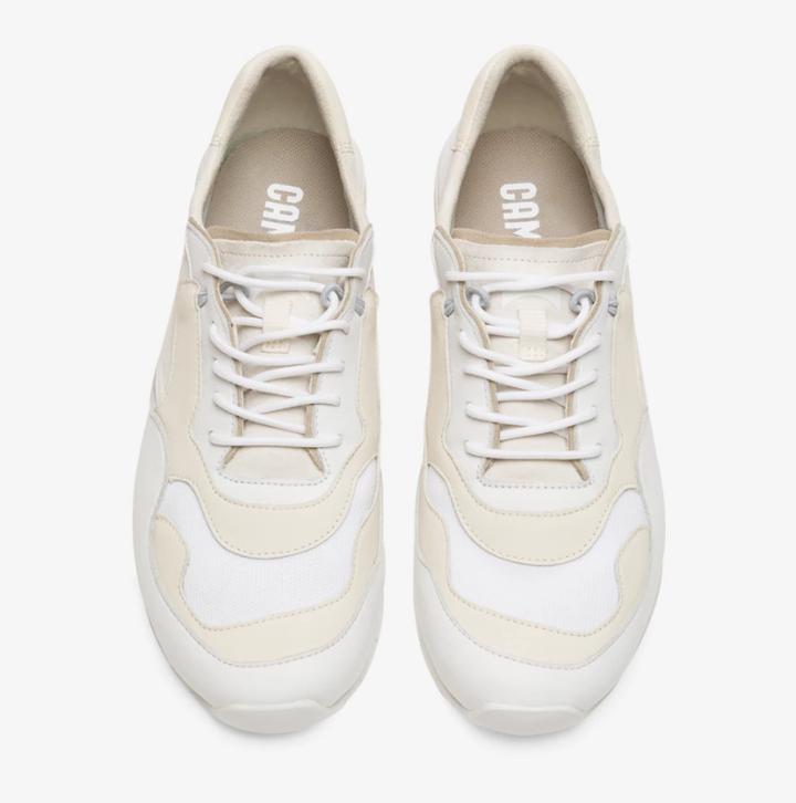 CAMPER Nothing系列白鞋/NT,980(女鞋) 圖/VOGUE提...