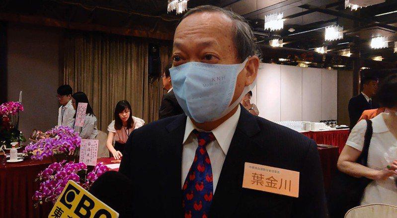 葉金川今天出席監察院院長張博雅新書發表會,這也是他車禍後首次露面。記者陳婕翎/攝影