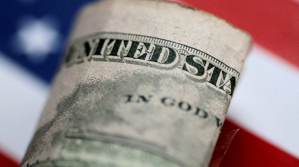 麥格理認為,美元在11月的美國總統大選前將走貶。 路透