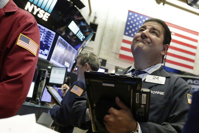 美股四大指數17日全面開高。美聯社