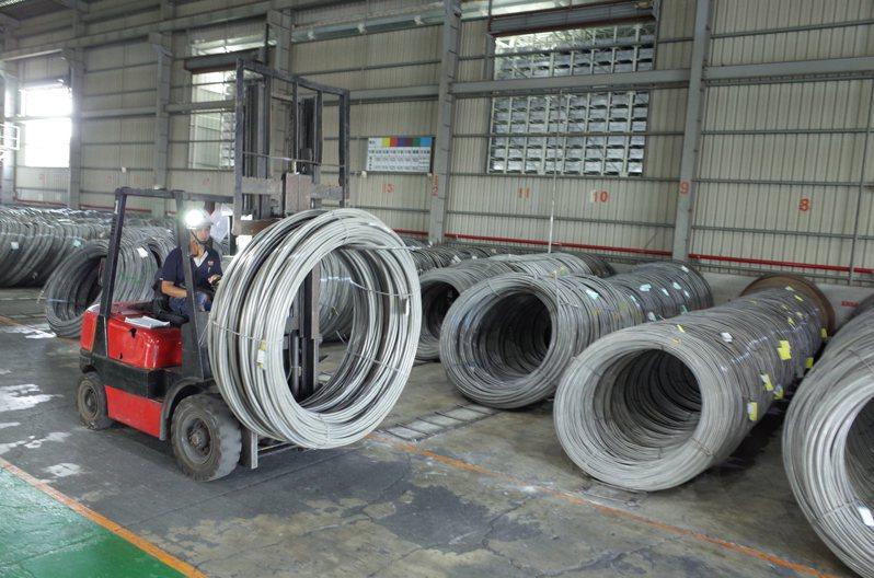 傳統產業牽涉到很多技術,這些技術對國家的工業發展極為重要。記者徐白櫻/翻攝