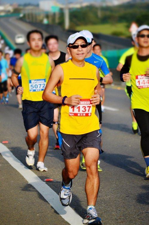 曾文祺累積完成53場馬拉松。圖/曾文祺提供