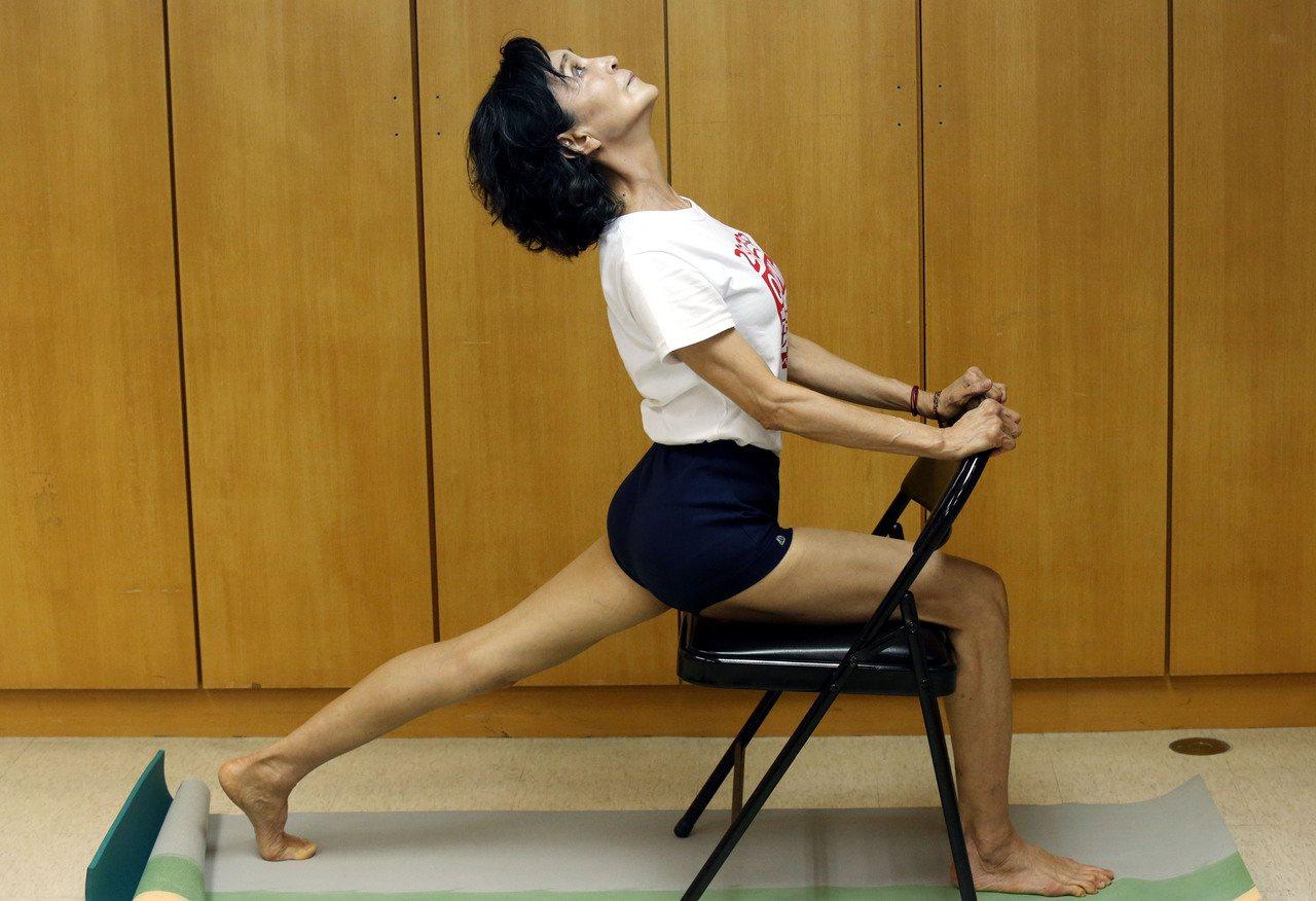 陳淑麗是瑜伽老師也是終身志工。記者林俊良/攝影