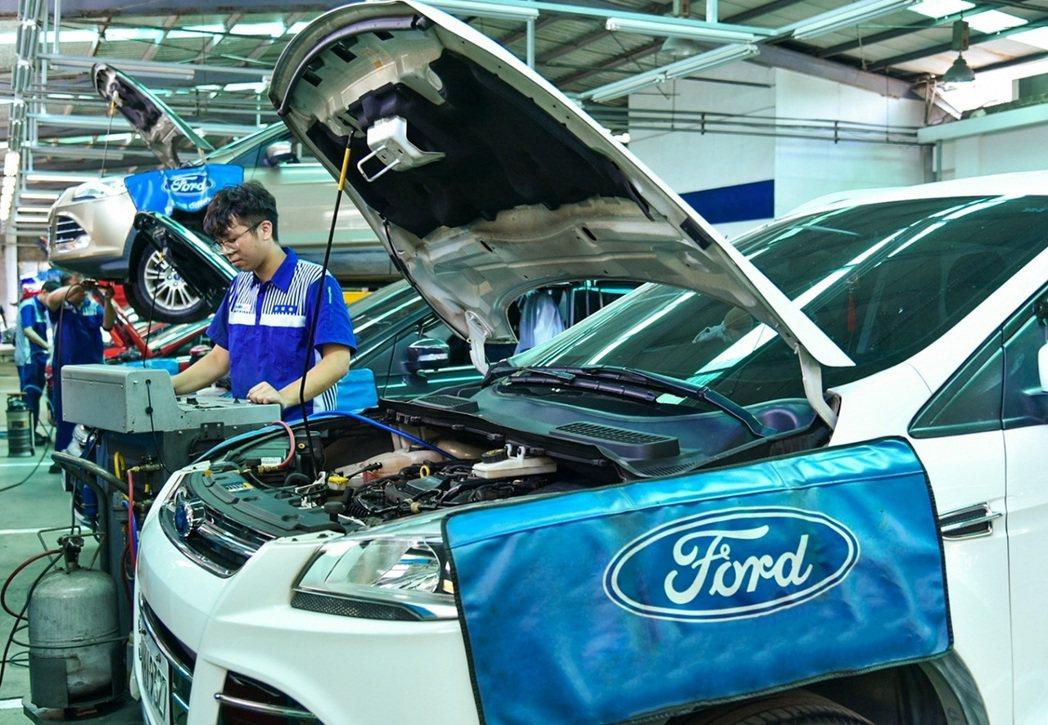 隨著動力車輛相關技職學校逐漸減少,各大車廠無不求才若渴,在校時期的實作經驗便是提...