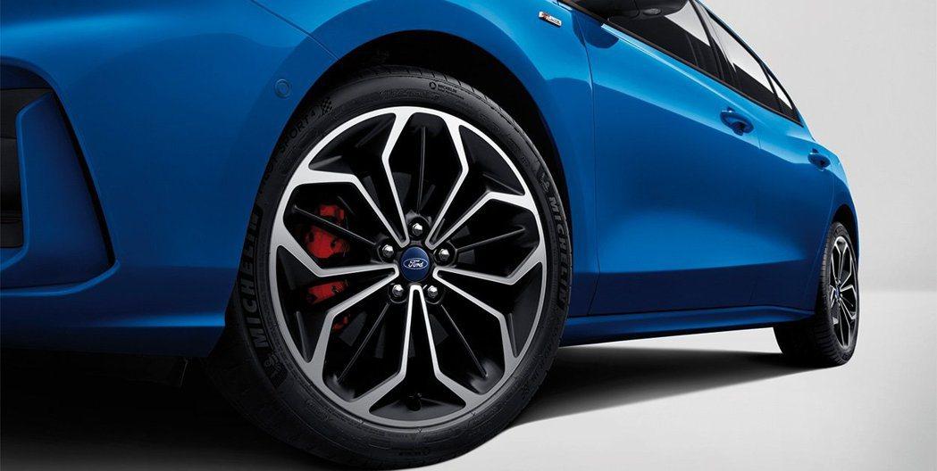 Focus 4D ST-Line將配備專屬輪圈及大一號的配胎。 摘自長安福特官網
