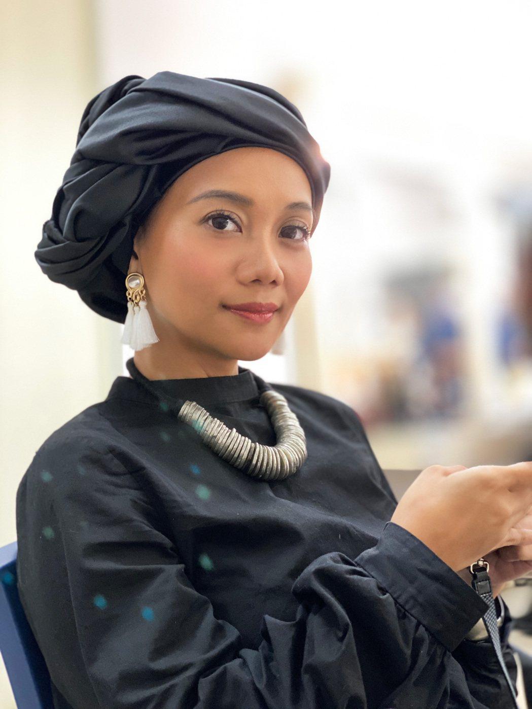 原民歌手阿爆(阿仍仍)近年堅持以母語創作、發片。圖/那屋化文化提供
