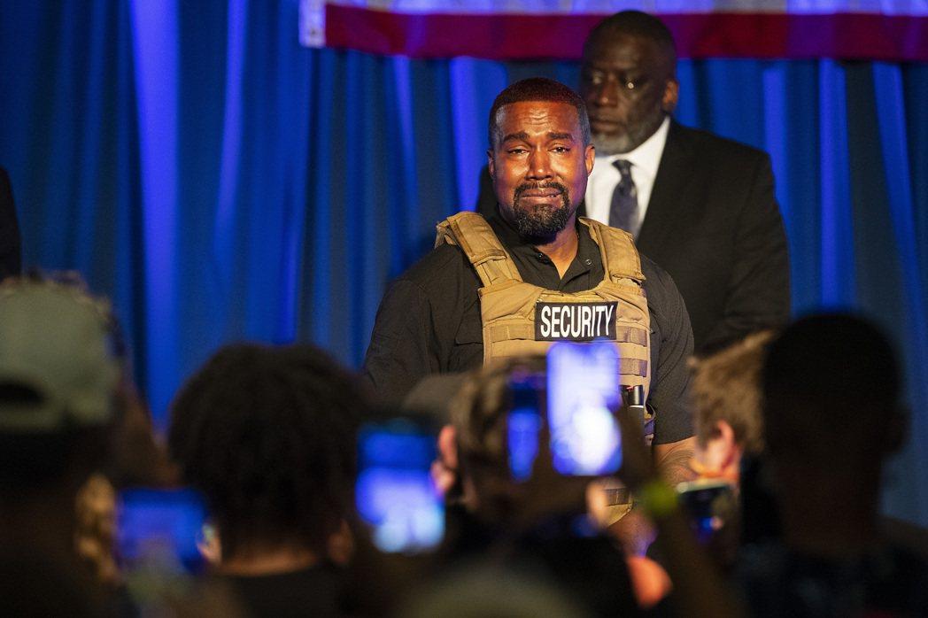 2020美國總統競選的意外參選人——嘻哈歌手肯爺(Kanye West)第一場造...