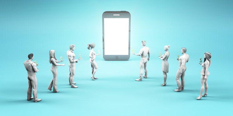 網友詢問哪個社交軟體最隱私,每個人看法都不同。 示意圖/ingimage