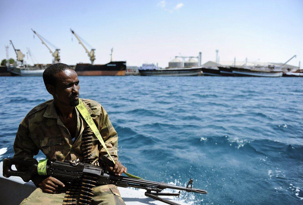 有媒體揭露,美軍在索馬利亞有5個基地,但都只是應急地點,主要功能是打擊青年黨(a...