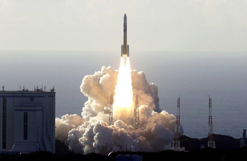 阿拉伯聯合大公國「希望號」20日於日本種子島太空中心升空。路透