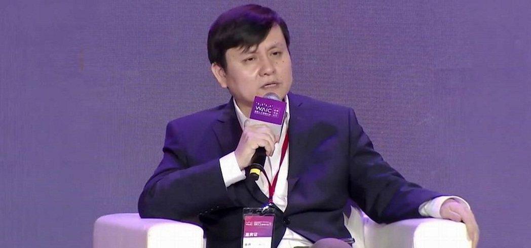 復旦大學附屬華山醫院感染科主任張文宏。圖/澎湃新聞