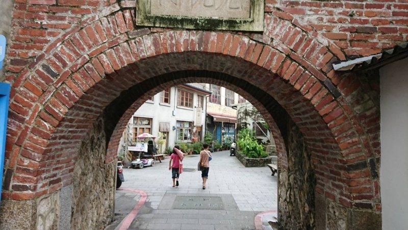 兌悅門被稱為台南的城中城,也是南市唯一仍供通行的城門。 圖/鄭惠仁 攝影