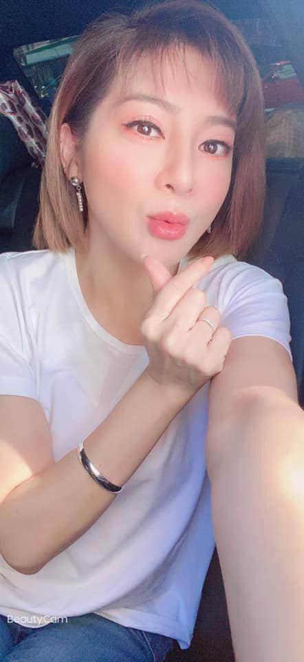 王彩樺今出席記者會,被問及好友張清芳近況。圖/摘自臉書