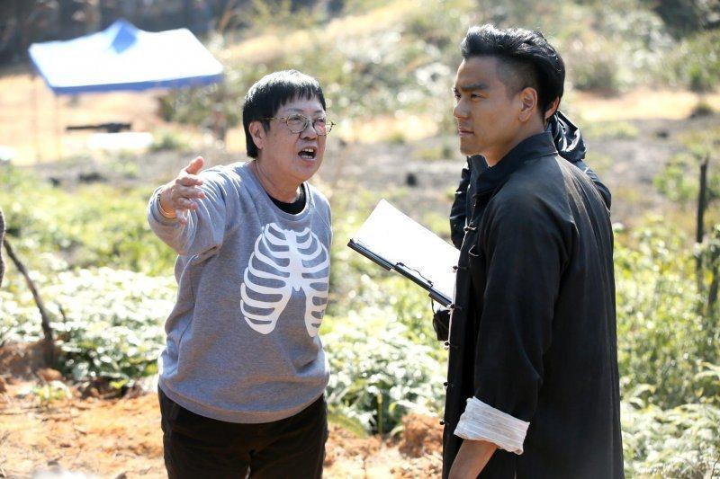 許鞍華(左)曾與彭于晏(右)合作史詩電影「明月幾時有」、「第一爐香」,許鞍華獲得