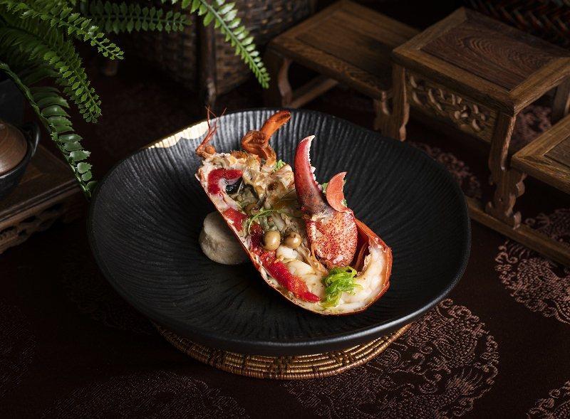 雍翠庭的典藏海陸套餐雙主菜之一「樹子波龍佐水粄」。 北投麗禧/提供