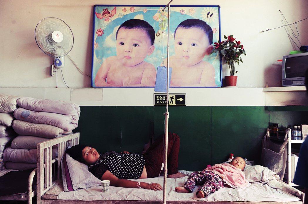 除了新疆拘留營,中國在新疆的「維吾爾計畫生育」議題,近日又成為國際關注的人權問題...