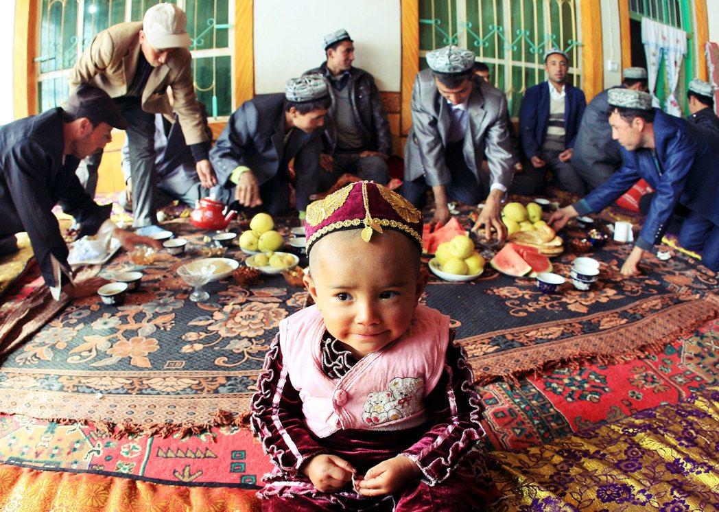 外界對於設立於新疆的「職業技能教育培訓」已有初步認識。然而,該如何理解這一輪在生...