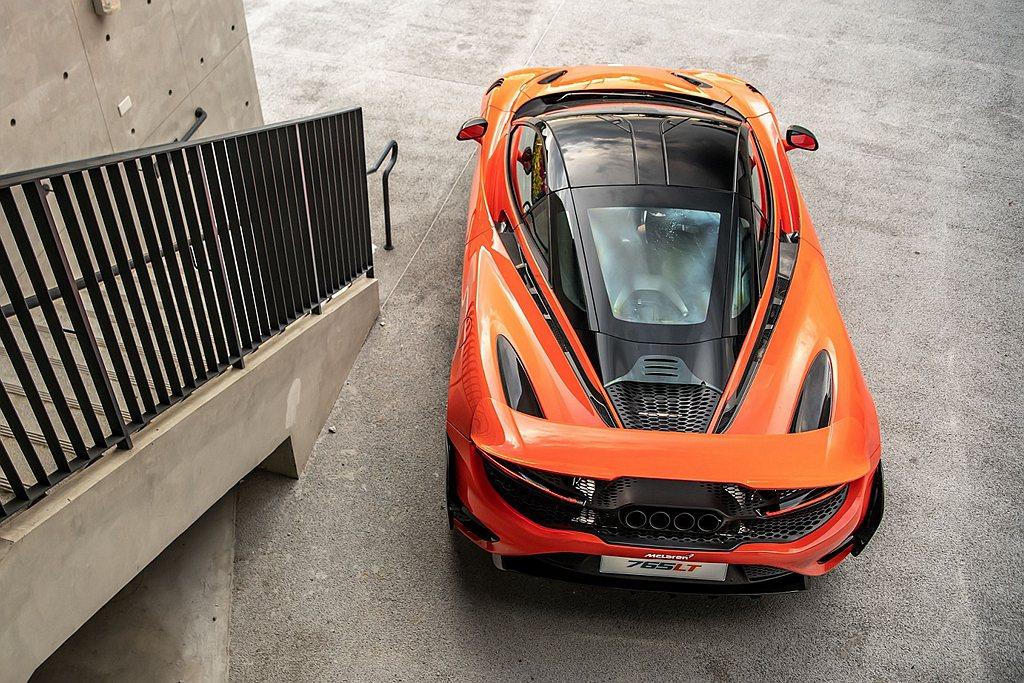 McLaren 765LT車身長度增加57mm,尾翼則具備三種模式並提升60mm...