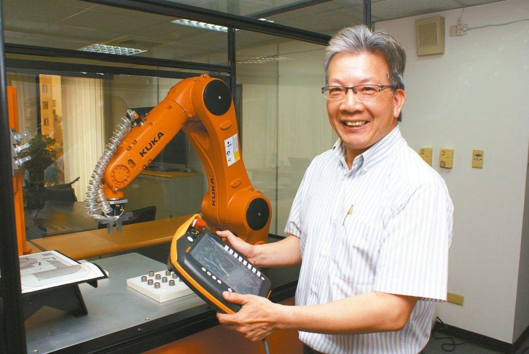 世寶機器五金公司執行副總黃瑞華。 吳青常/攝影
