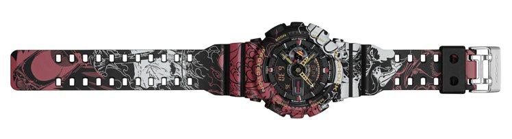 海賊王GA-110JOP腕表的表帶上印刷上不斷壯大變身的魯夫圖案。圖/Casio...