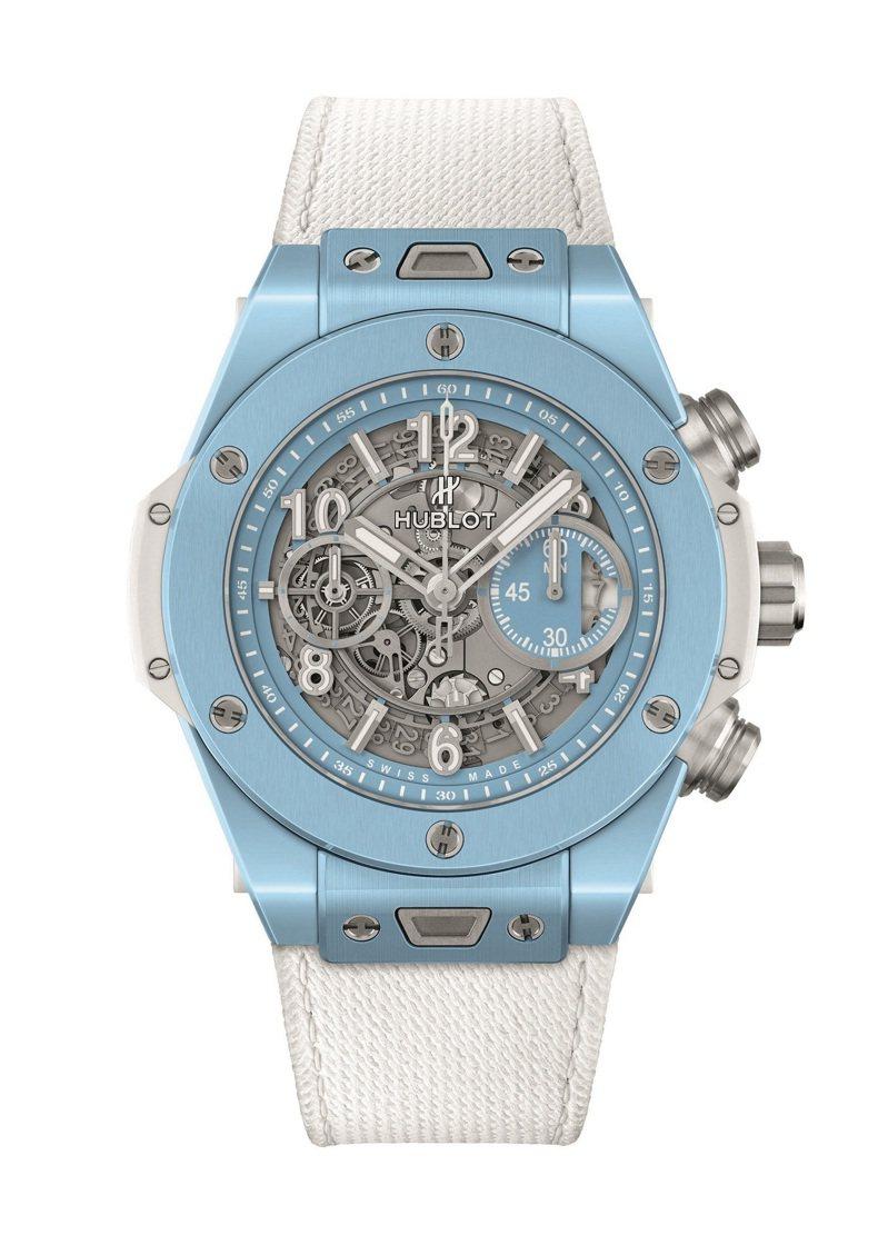 HUBLOT Big Bang Unico 45毫米天空藍陶瓷腕表,66萬8,000元,限量100只。圖/宇舶表提供