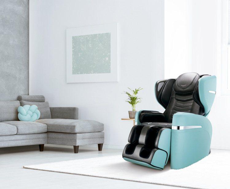 OSIM V手天王按摩椅於父親節推出99,800元優惠價,再享41個月全機含皮革...