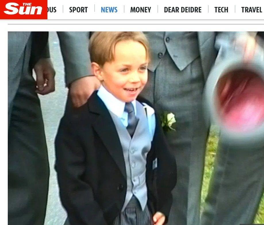 詹姆斯密道頓小時候參加長輩婚禮,被網友再度翻了出來。圖/摘自The Sun