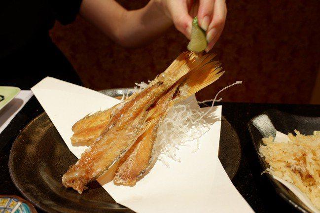 魚骨仙貝,80元。記者江佩君/攝影