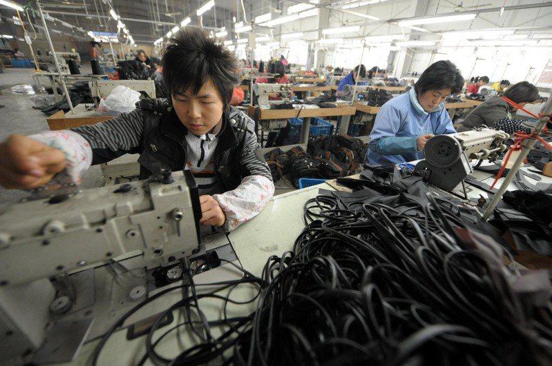 台商若脫手中國大陸事業,可尋求第三地海外交割,但仍要留意資本利得稅等議題。(新華社)