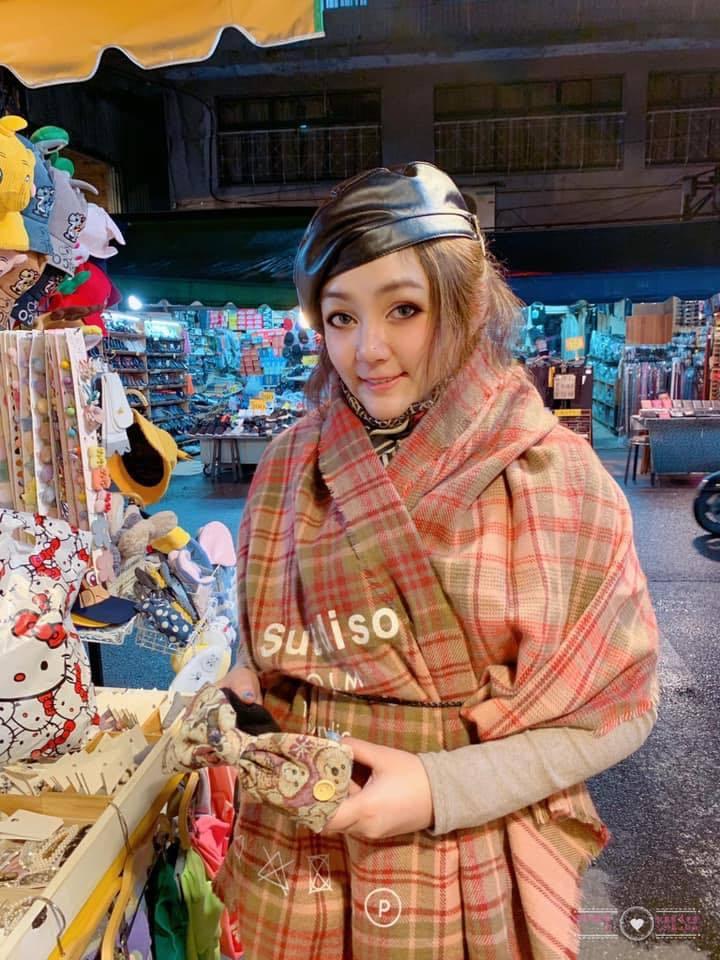 凌威威爆料過去有位玉女偶像歌手被富商包養多年。 圖/擷自臉書