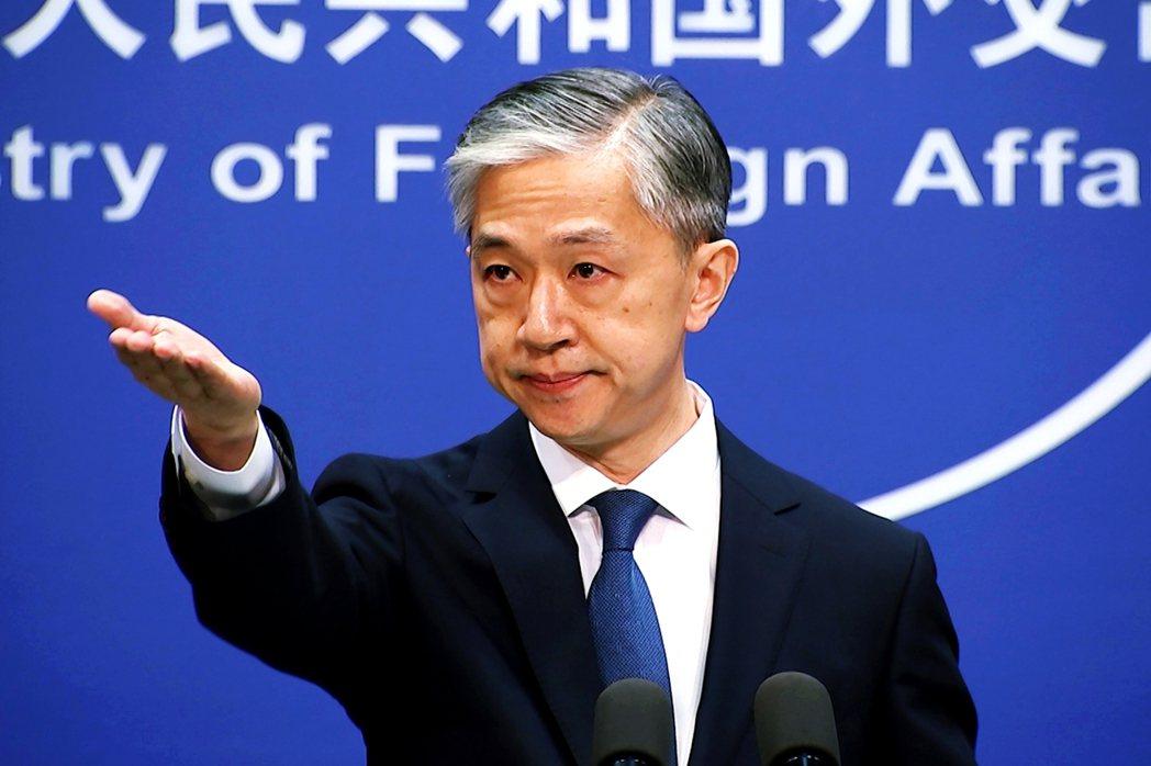 與此同時,中國國內卻是輿情激憤,北京當局更要求華府必須馬上撤回閉館命令,否則中方...