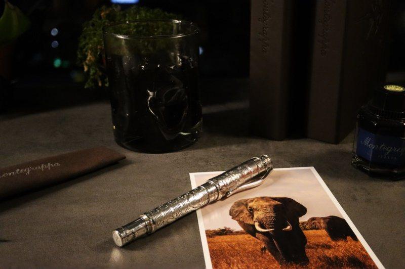 海明威的名著「非洲的青山」,成為Montegrappa新款冒險者系列鋼筆的靈感來...
