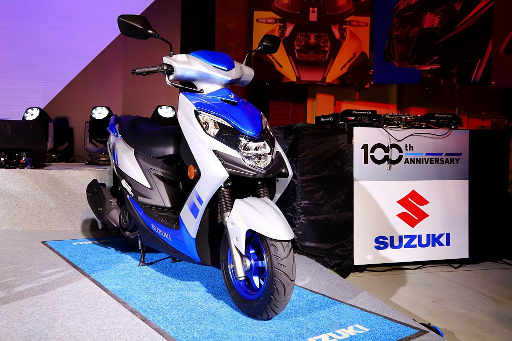 Suzuki Swish 125混搭配色全新亮相,除了台灣限定的100週年亮眼藍...