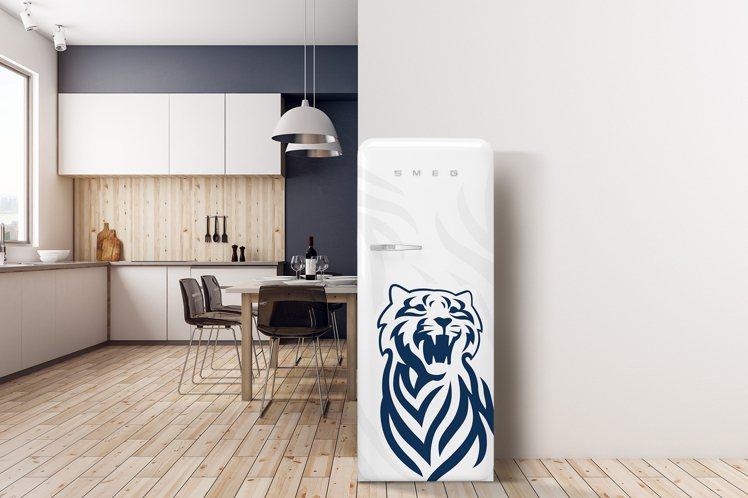 頭獎送出絕美時尚的「義大利SMEG冰箱」,就連DG也曾忍不住幫它量身設計,堪稱殿...