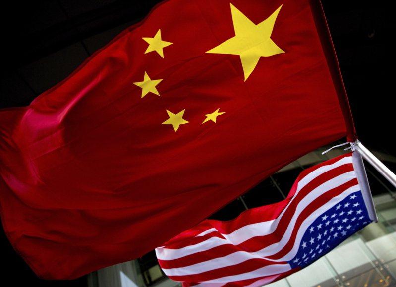 在美國無預警要求中國大陸限時關閉駐休斯敦總領事館、兩國關係極速惡化。美聯社
