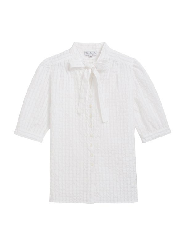 蝴蝶結白襯衫,9,980元。圖/agnès b.提供