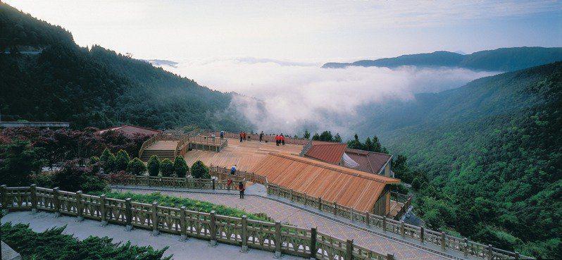 太平山國家森林遊樂園區,7月18日至19日擠進9409人次。圖/林務局提供