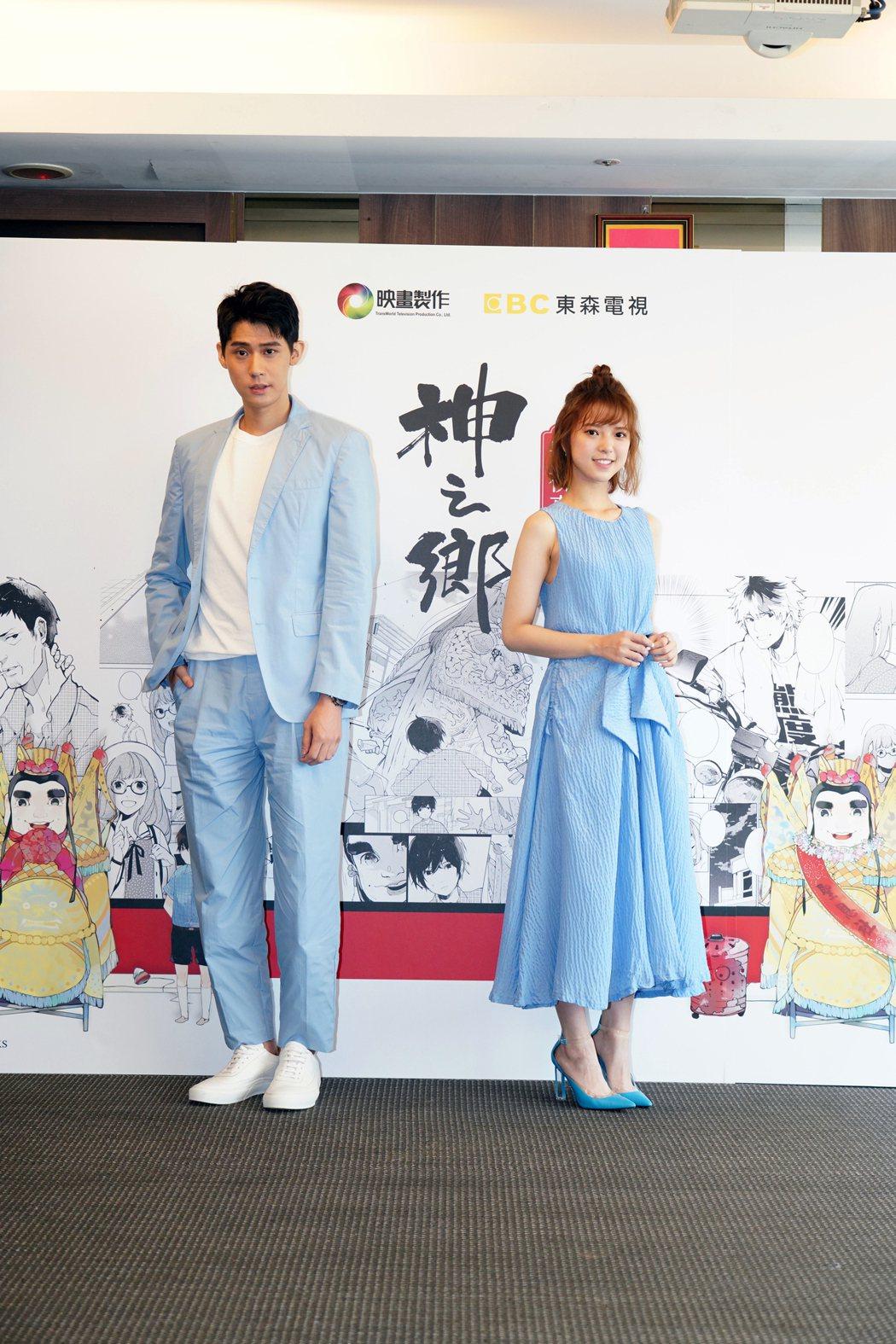 項婕如(右)和李玉璽相差25公分,最萌身高差一起演出郭建宏新戲「神之鄉」。圖/映...
